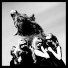 The Dead Weather's – I Cut Like A Buffalo